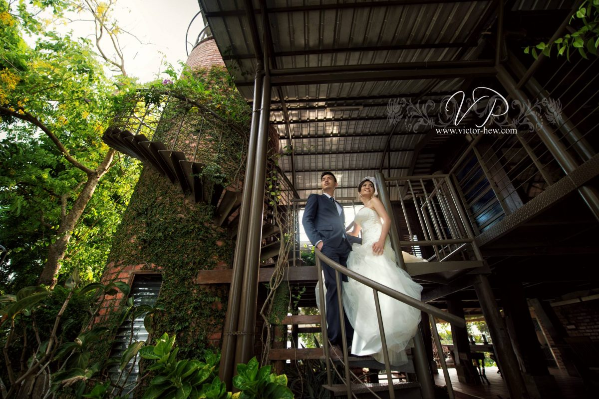 Pre-wedding photoshoot in Penang. Photo by Victor Hew Photography