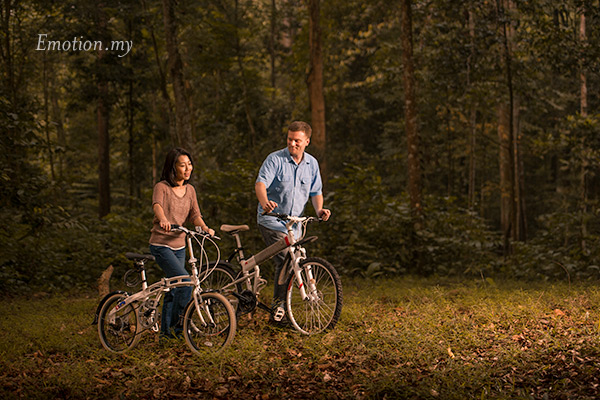 Pre-wedding portraits in Kuala Lumpur. Photo by Emotion in Pictures
