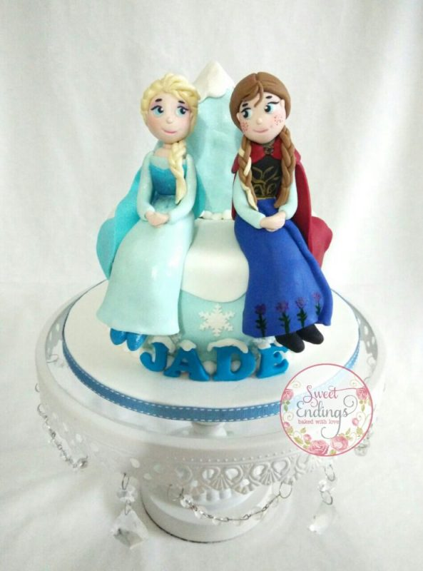 Elsa and Anna mini cake. By Sweet Endings. Source