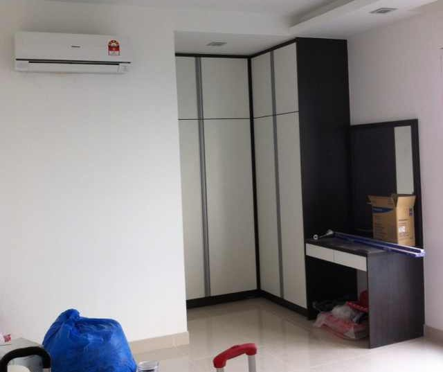 Built-in storage by City Home Design Renovation, Johor