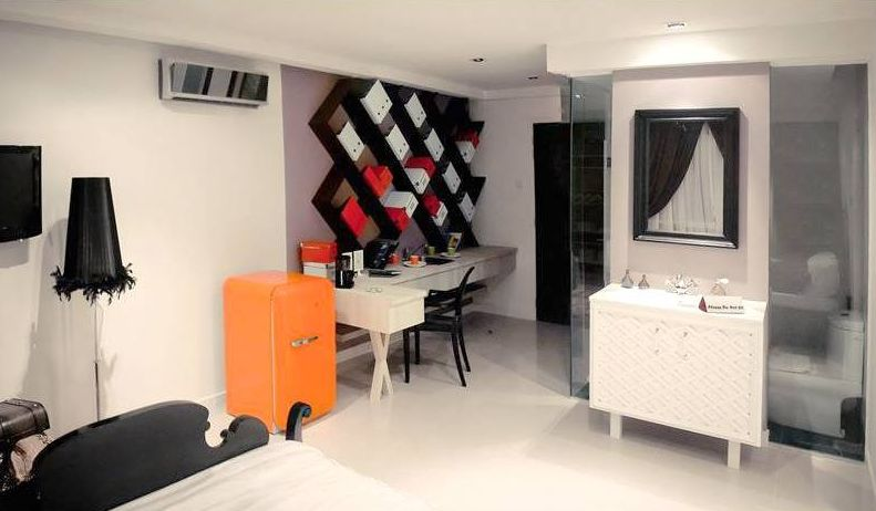 """""""Living in a small space does not mean you should compromise on design. We maximized the space in this apartment by using the dead space between the bathroom and the bedroom, by creating a study area."""" - MIL Design, Kelana Jaya"""