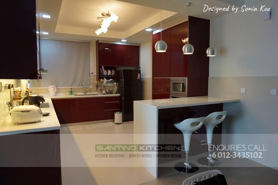G shaped kitchen by Santino Kitchen