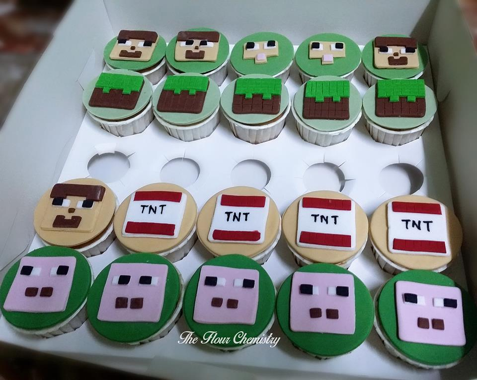 More Minecraft cupcake designs of Steve, pig and dirt block by The FLour Chemistry