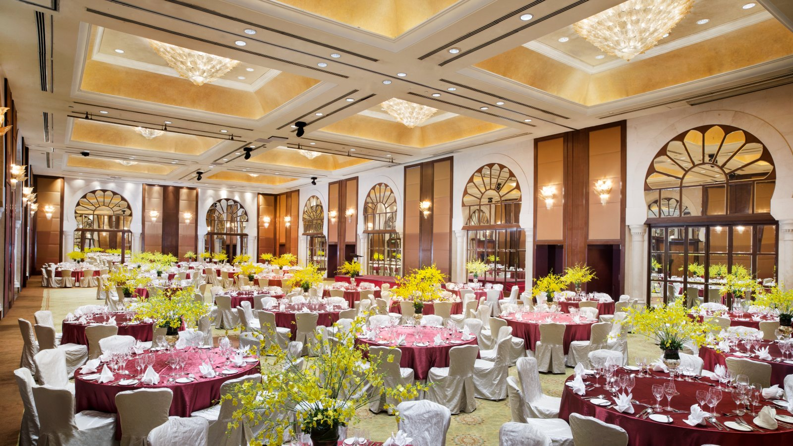 The 10 most expensive places in kl for your wedding dinner sheraton imperial kuala lumpur everlasting wedding package junglespirit Image collections