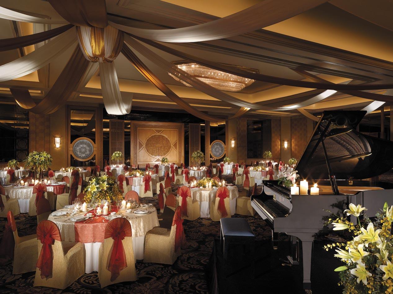 N18m013h-Grand-Ballroom-Banquet-Set-up