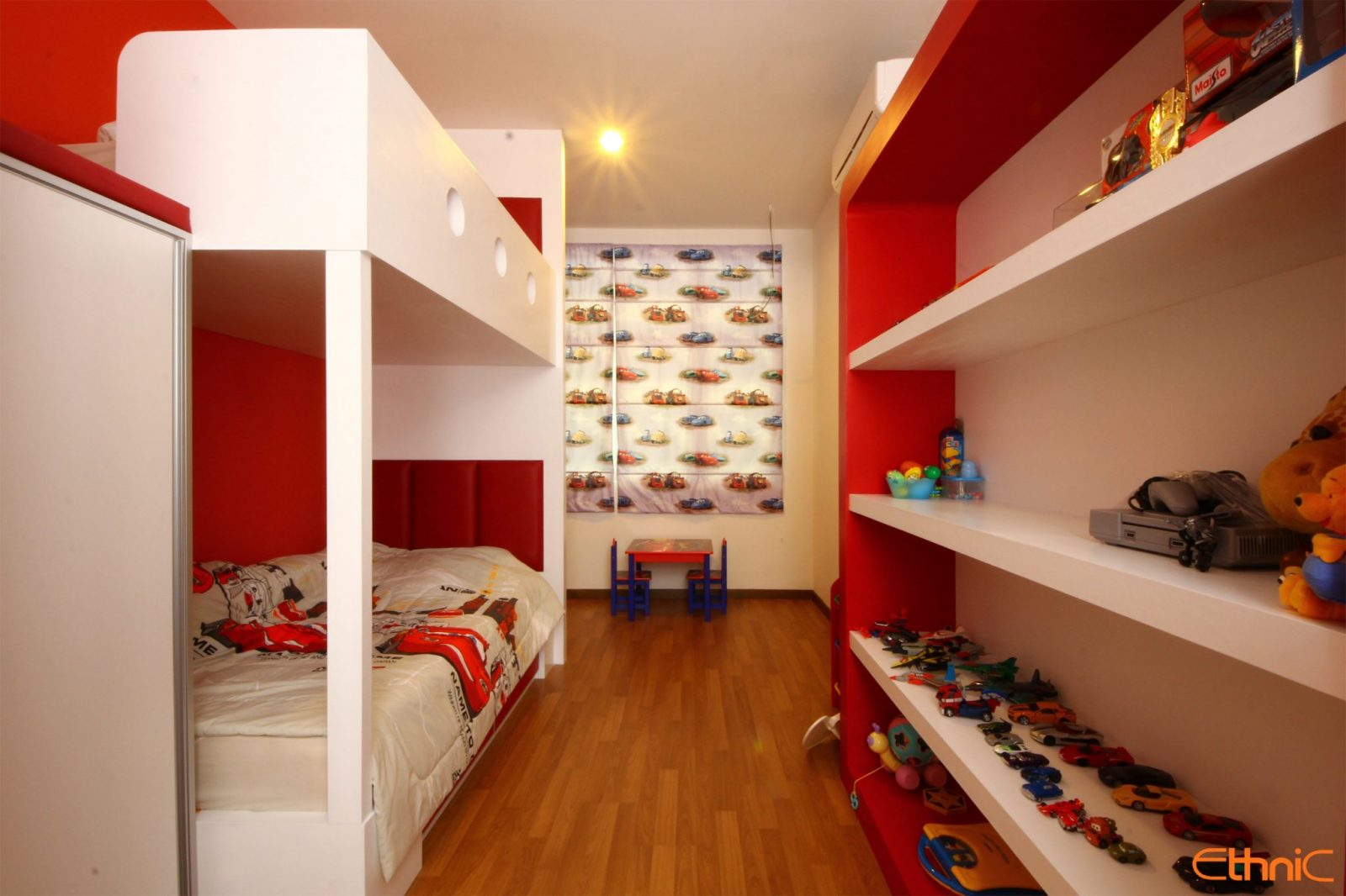 04 BABY ROOM