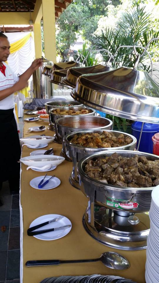 Al Habib Catering. Source.