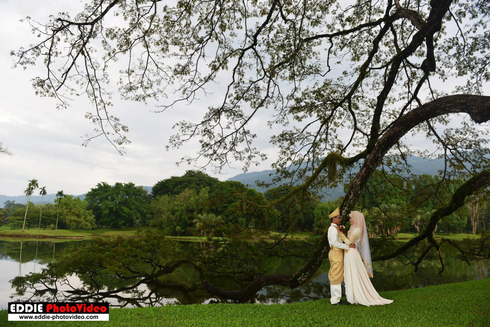 Taman Tasik Taiping by Eddie PhotoVideo. Source.