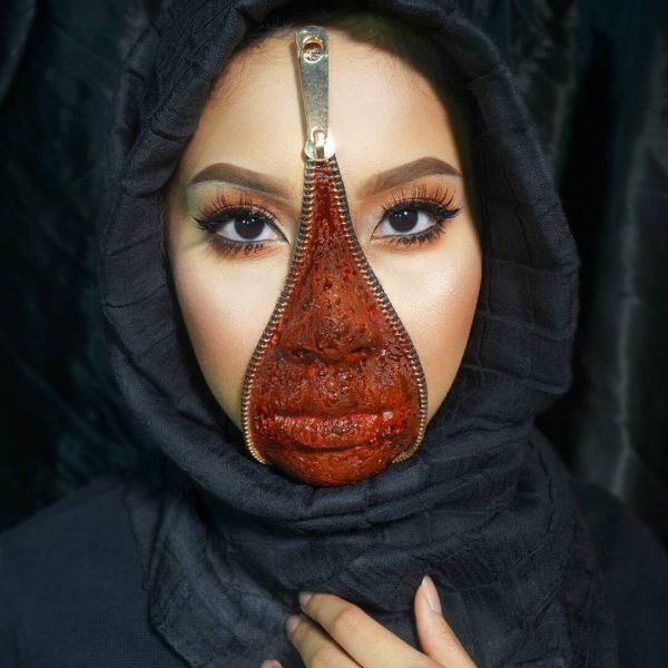 Unzipped Zipper Face by tgxnrshh. Source.