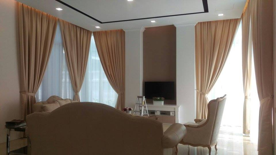 Day and night curtains for living room. Source: The Interior Enterprise
