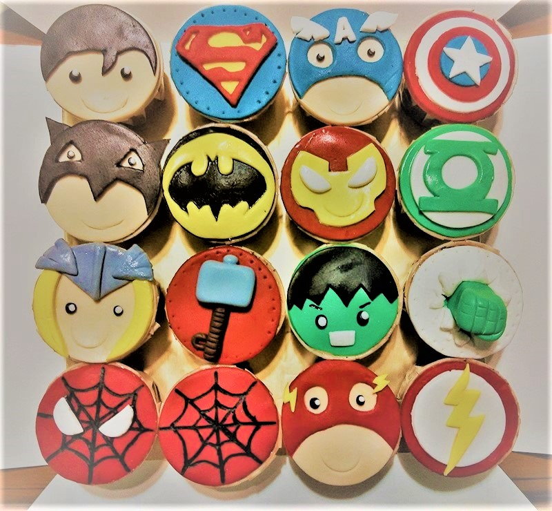 15 Awesome Superhero Cakes