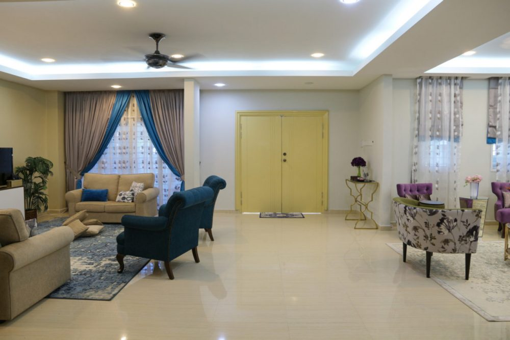 Interior design for a 3,000+ sqft. Semi-D in Bandar Baru Bangi. Rooms included are master bedroom, family room/study, dining room, living room. Found on RecomN Interiors. Project by Bonnieblue Furniture and Interiors