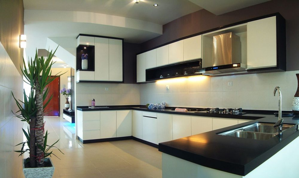 Completed kitchen renovation in Kajang 2 by The Arch