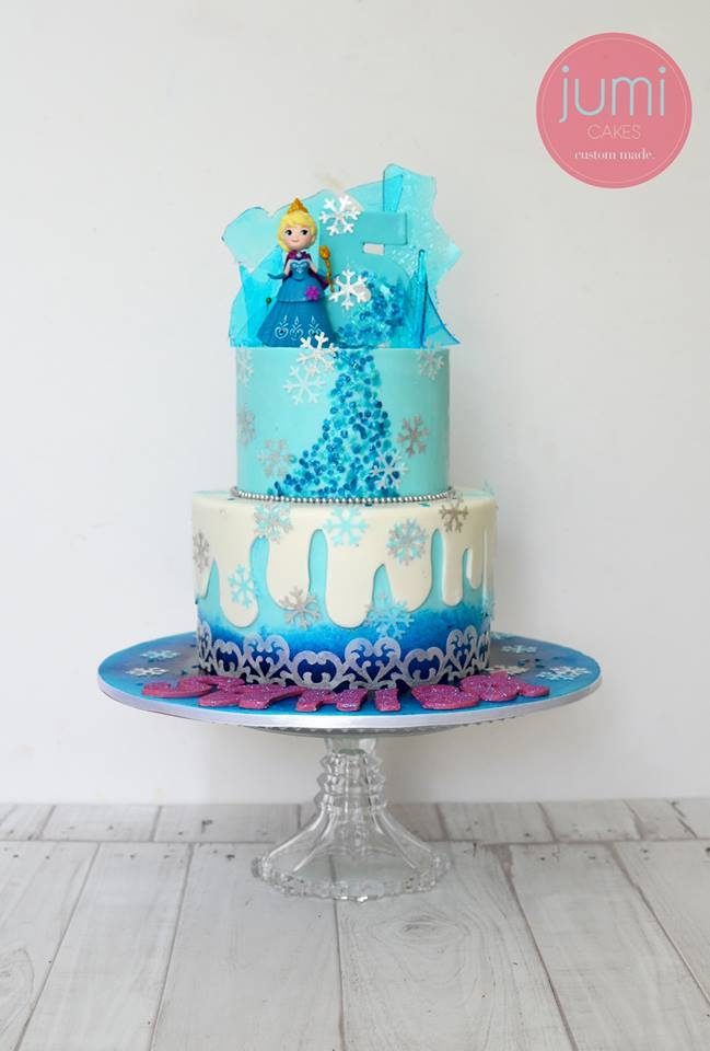 Two-tier Princess Anna cake from Frozen with sugar glass. Made by: Jumi Cakes. Order in Singapore at Recommend.sg
