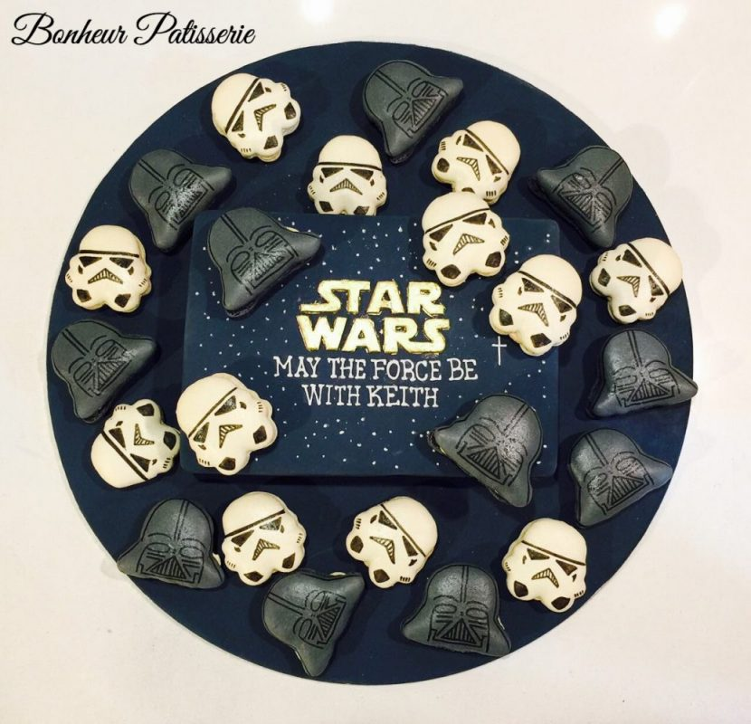 Star Wars cake by Bonheur Patisserie Singapore - Recommend.sg