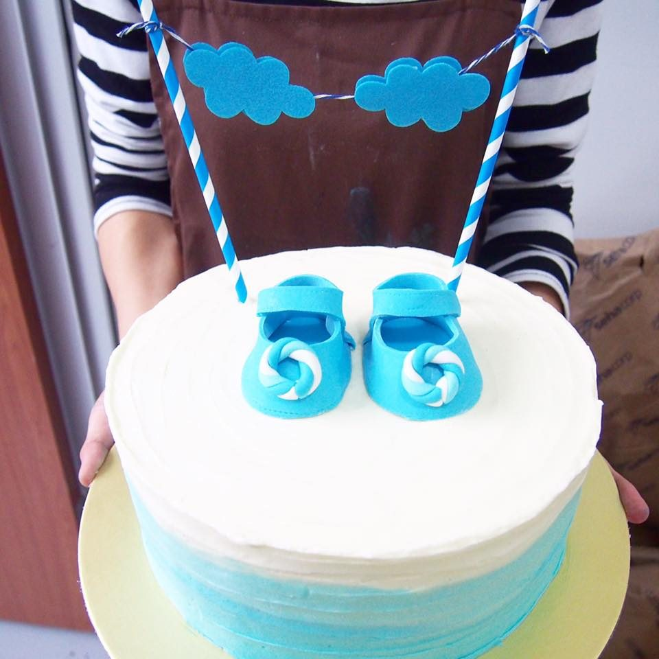 9 Baby Shower Cakes For the Mummy-To-Be