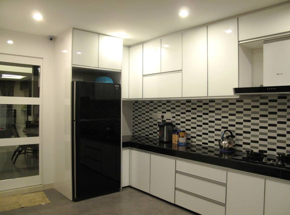 Dry Kitchen Design For Condo In Cheras. Project By: IIKO Concept