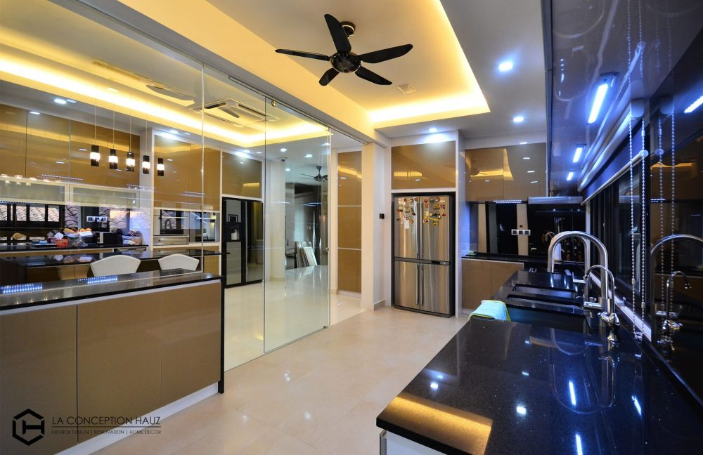Kitchen design for House in Beverly Heights, Ampang. Project by: La Conception Hauz
