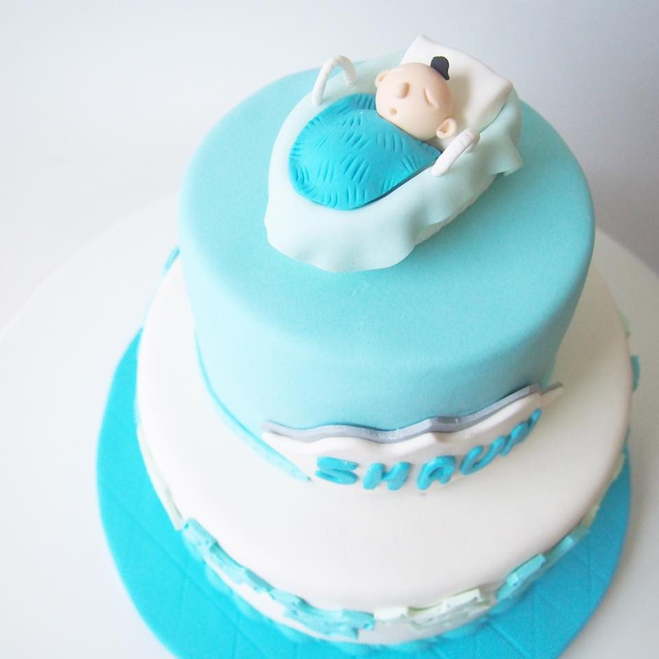 A blue themed baby shower cake. Made by: Corine and Cake Singapore - Recommend.sg