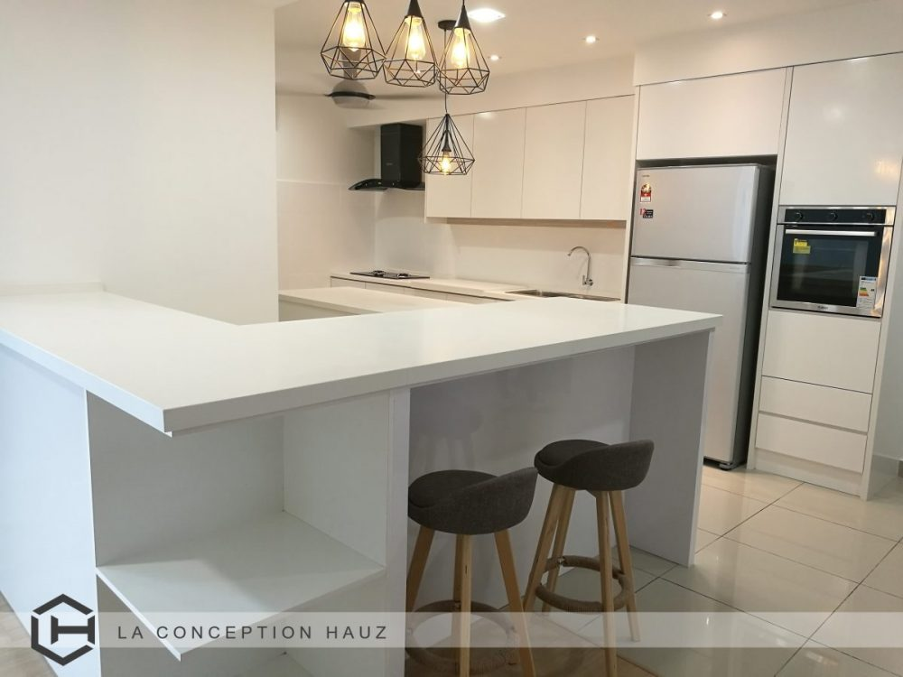 Lots of countertop space for this kitchen design in Subang Jaya by La Conception Hauz