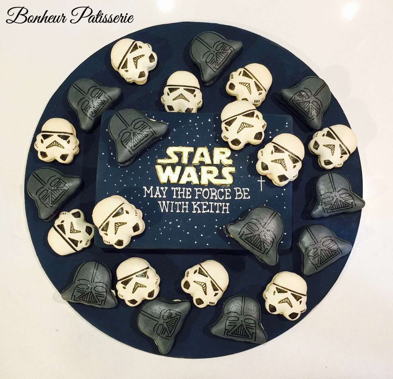 Star Wars macarons by Bonheur Patisserie Singapore - Recommend.sg