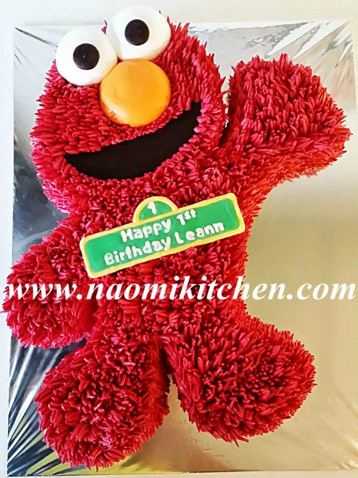 Elmo cakes by Naomi Kitchen - Recommend.sg
