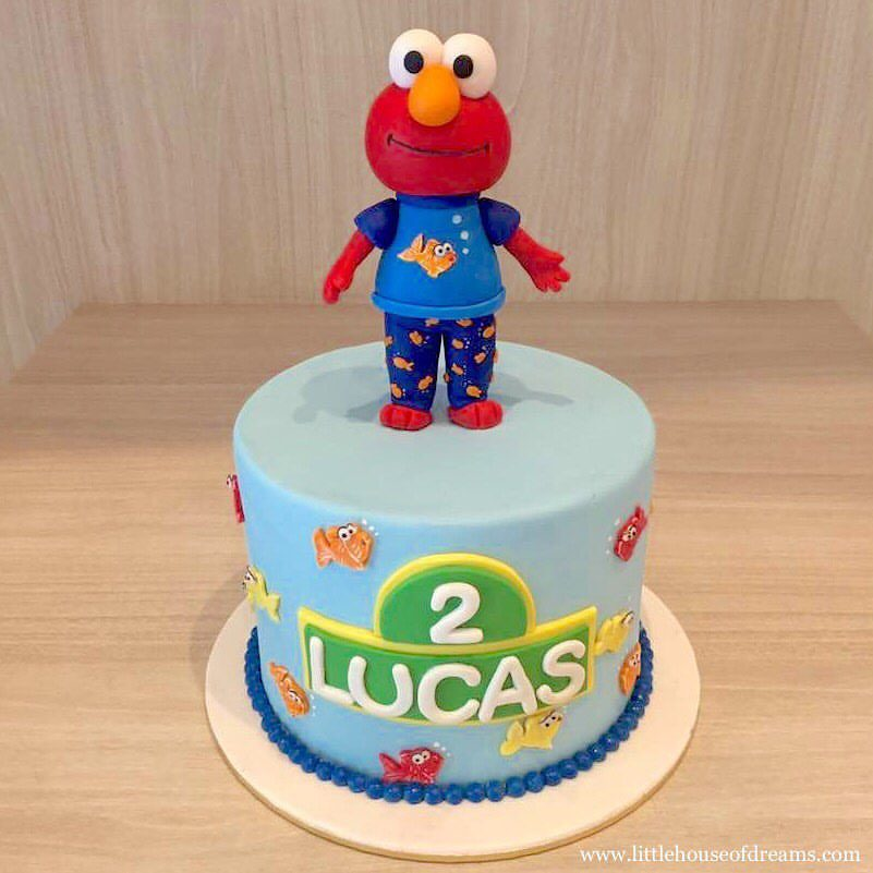 Custom made elmo in pyjamas cake by Little House of Dreams - Recommend.sg