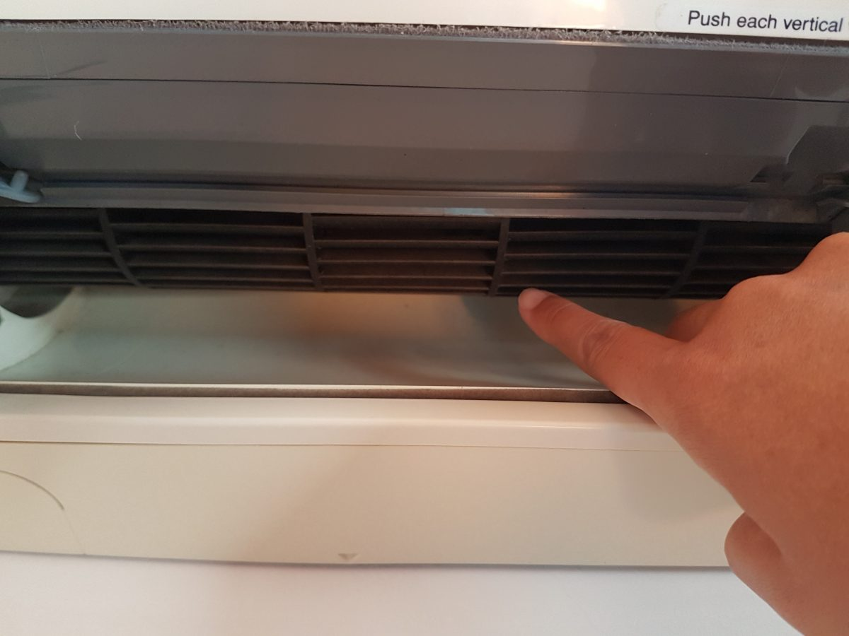 how to clean your air conditioner's rotary blade
