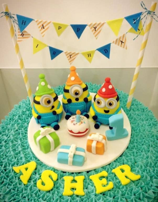 The scene of three little Minions blowing the candle is just too adorable.Source:Little House of Dreams.Source