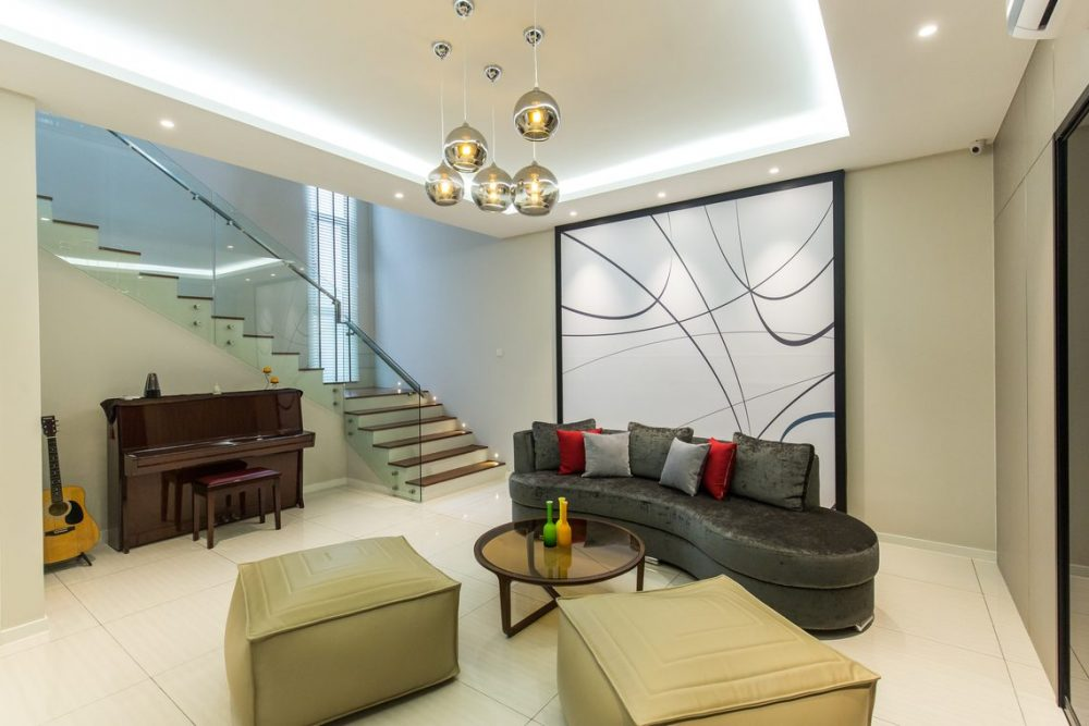 Above: Cove lighting for bungalow in Twin Palms, Ampang Jaya by Klaas Interiors Sdn Bhd