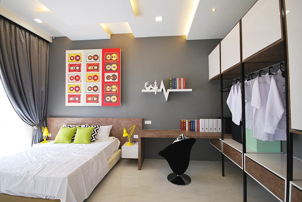 Modern contemporary bedroom with open closets in Ipoh South Precinct