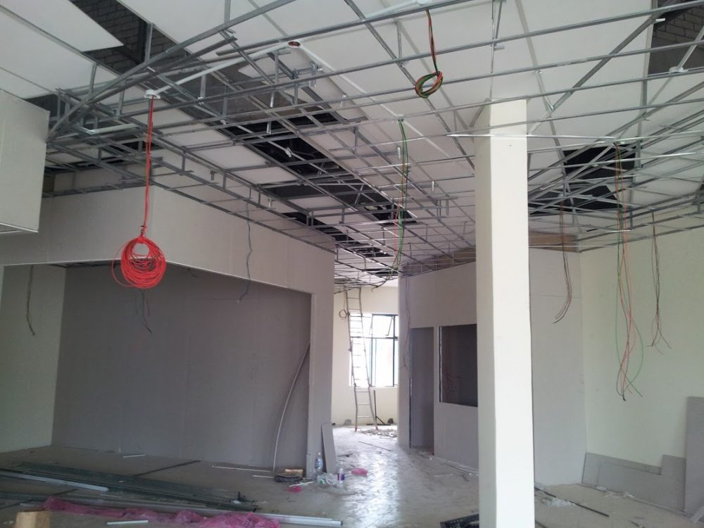 Installing plaster ceiling frame, by Interior Kami. Source
