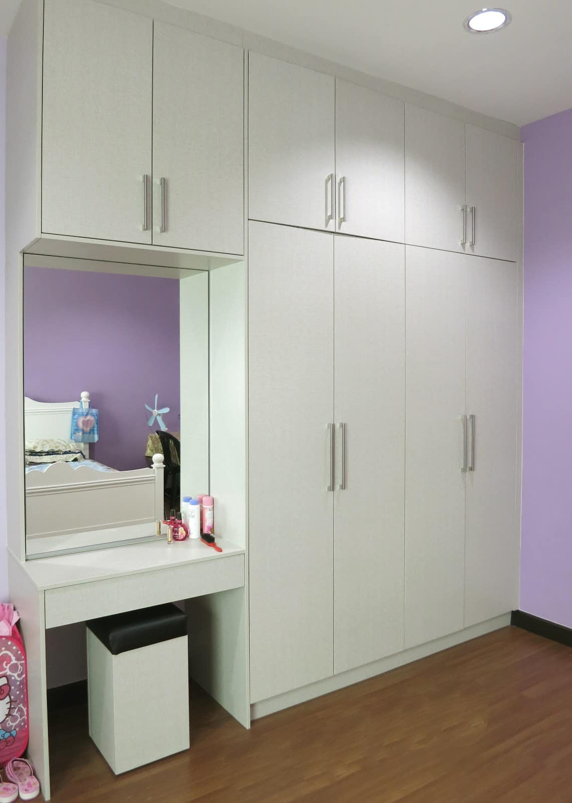 above ceiling height built in wardrobe with mirror vanity by intech kitchen - Built In Wardrobe