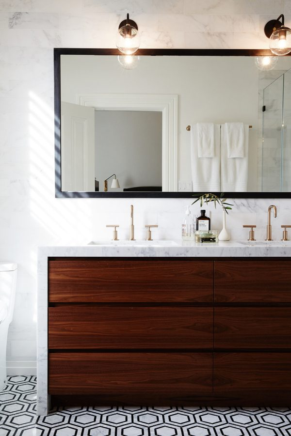 Marble countertops with huge cabinet drawers