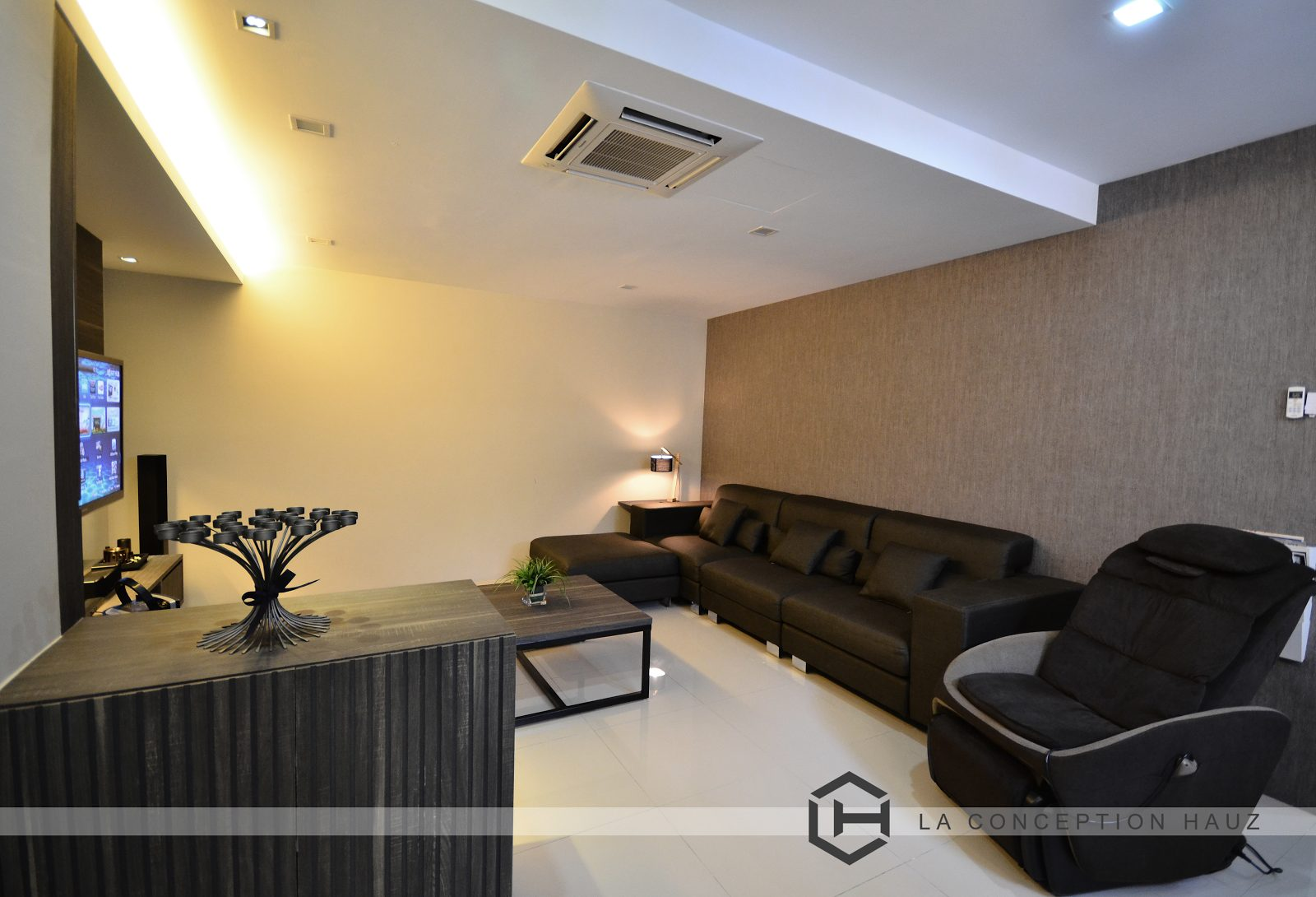 Above: Condominium in Platinum Victory 16, Setapak by La Conception Hauz