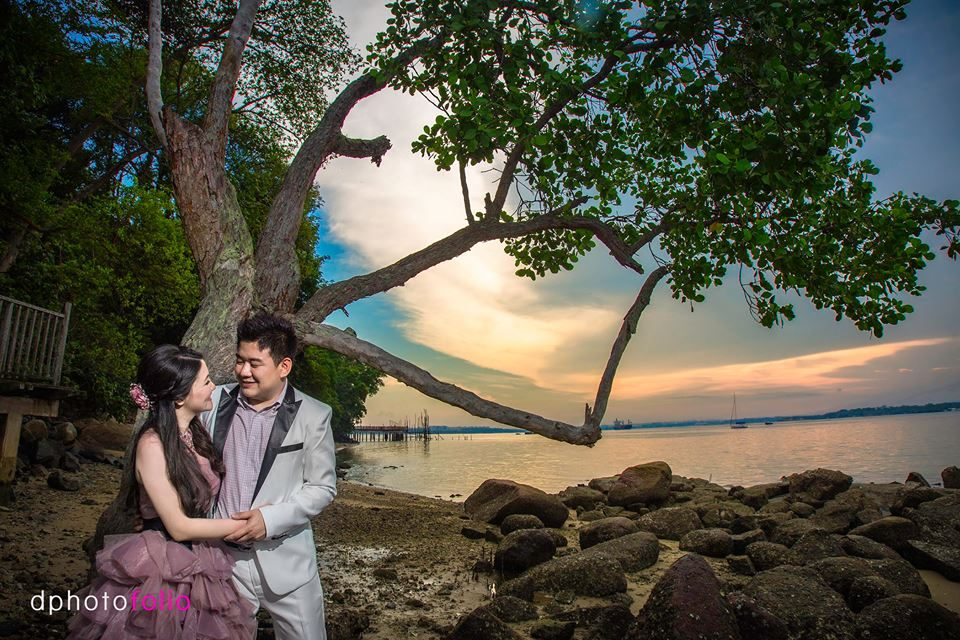 Changi Broadwalk pre-wedding photoshoot in singapore by D Photo Folio. Source