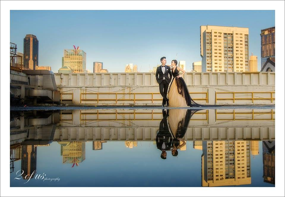 People's Park Complex Rooftop pre-wedding photoshoot in singapore by 2 Of Us Photography. Source