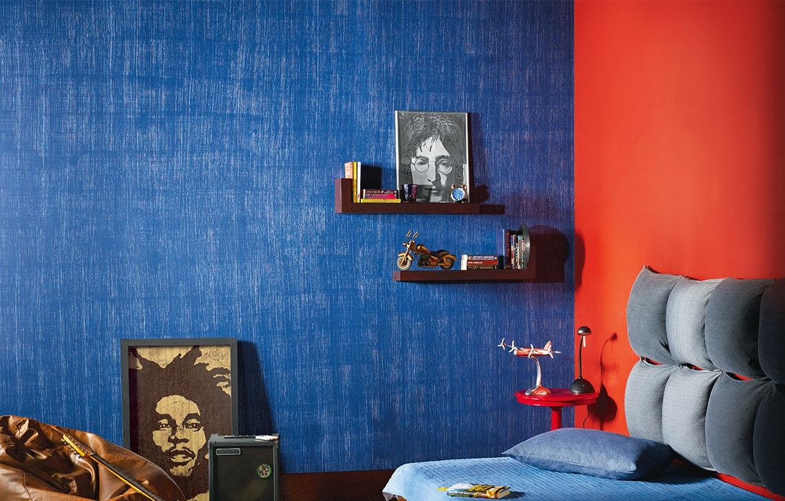dragging is one of the many DIY wall painting ideas that's relatively inexpensive yet beautiful