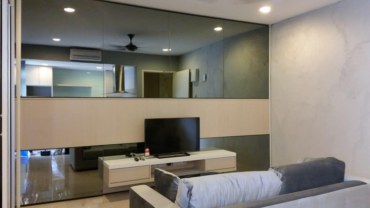 Mirrored TV cabinet design in Ara Damansara