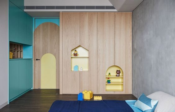 Kids wardrobe with house-shaped drawers