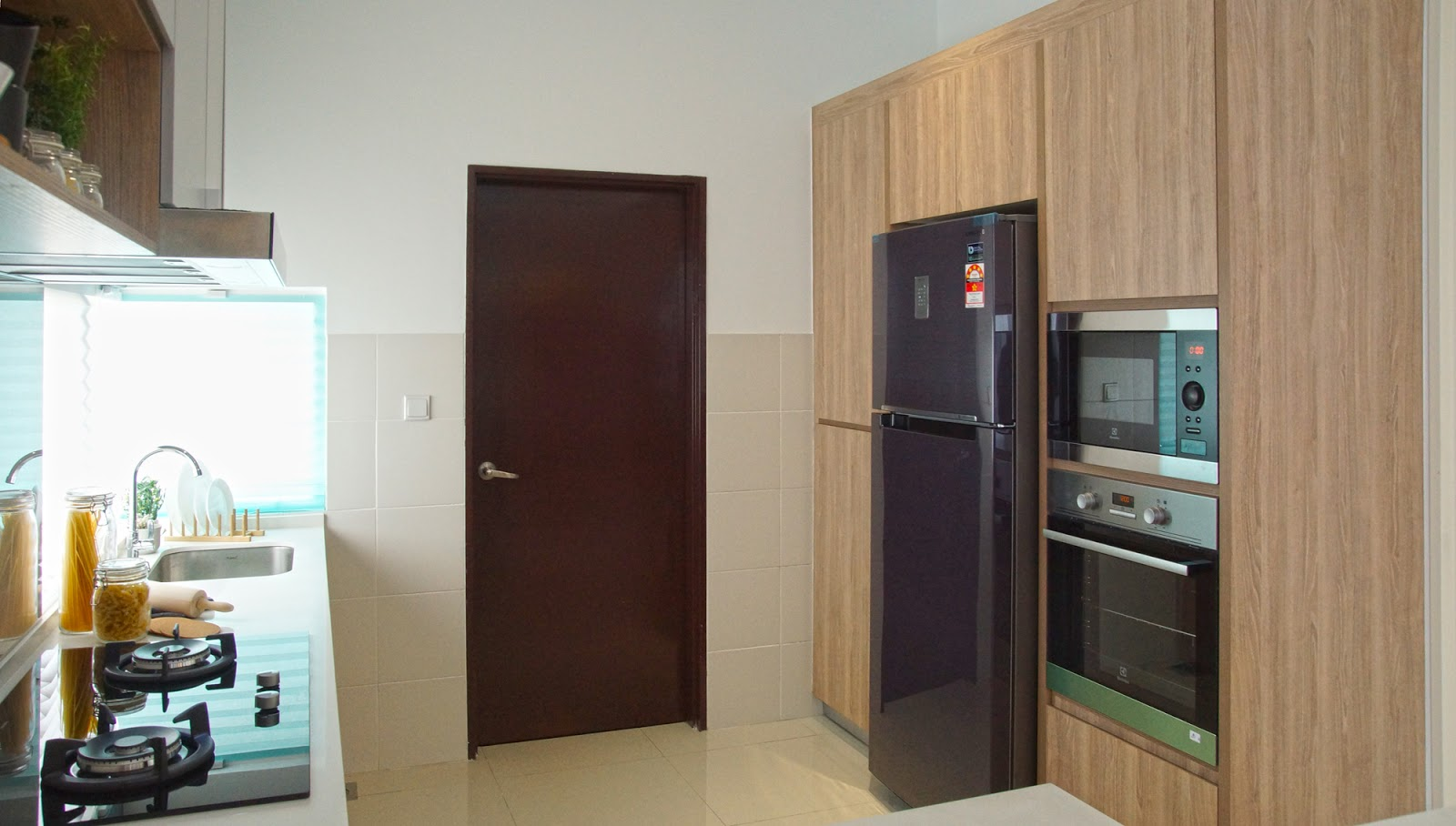 Kitchen cabinet design package for Caspia semi-d link house in M Residence 2 Rawang by Recommend.my