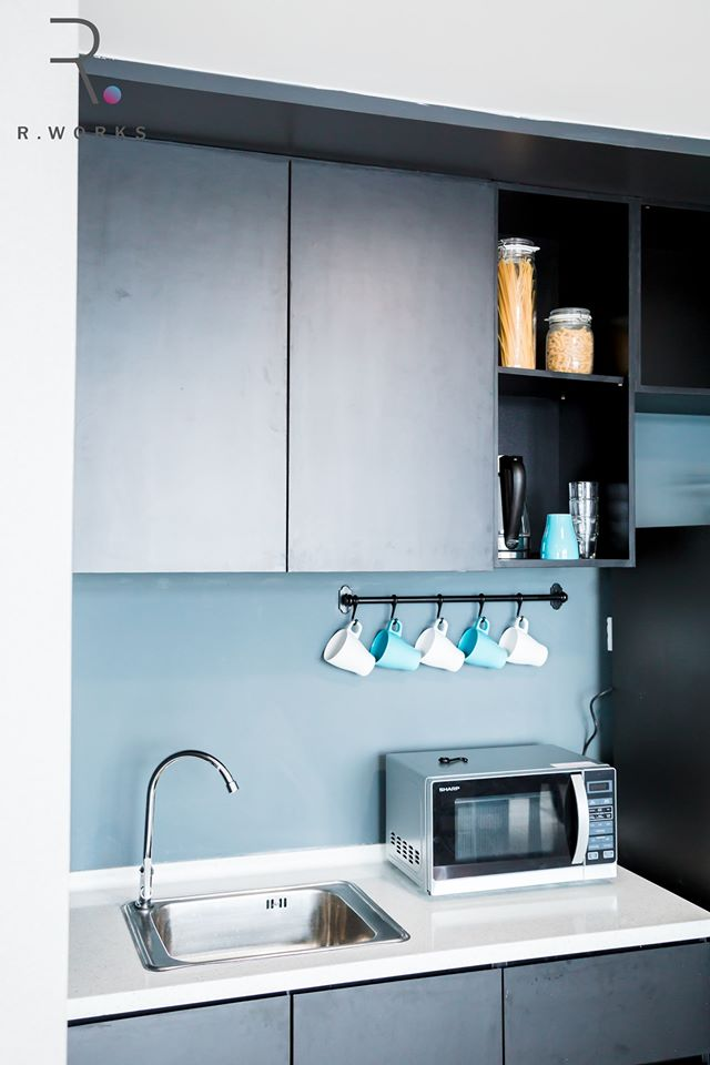 Built-in kitchenette in Empire City, Damansara