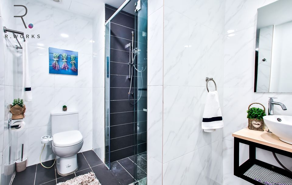 The bathroom in the studio unit of Empire City, Damansara
