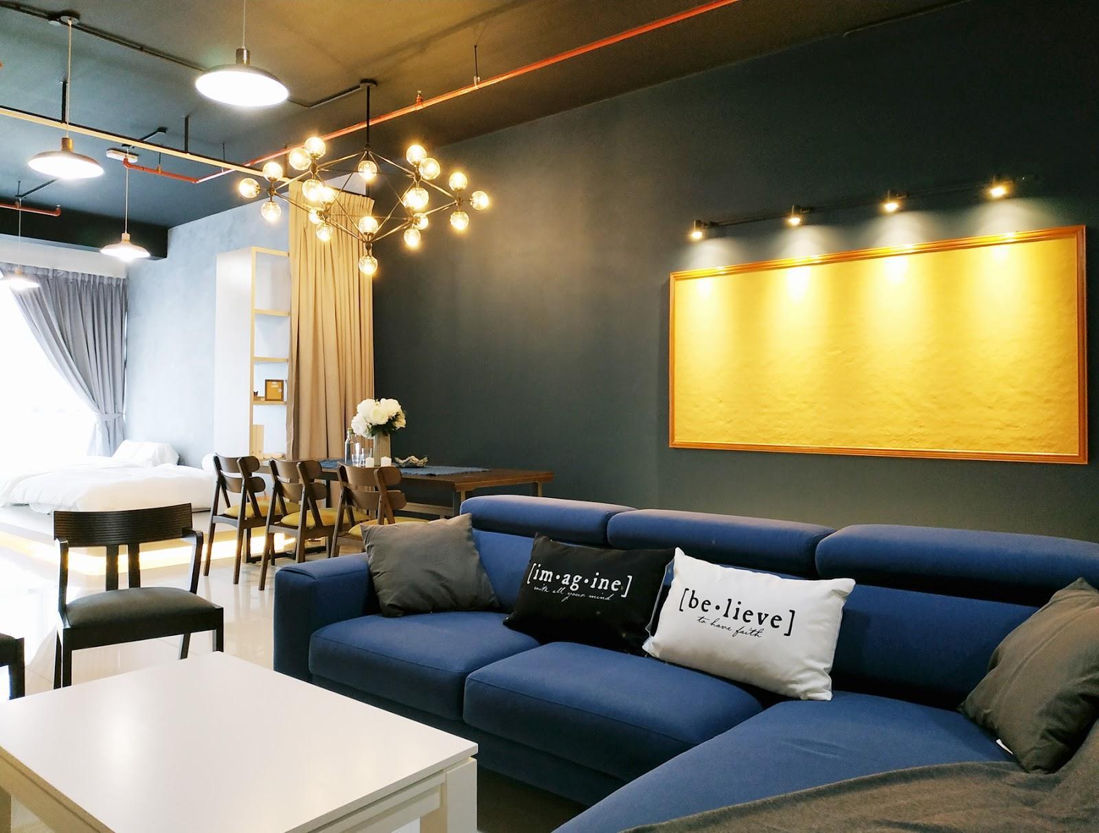 """Ruang tamu """"Funky-Town"""" Airbnb, 3 Menara Jalan Ampang"""