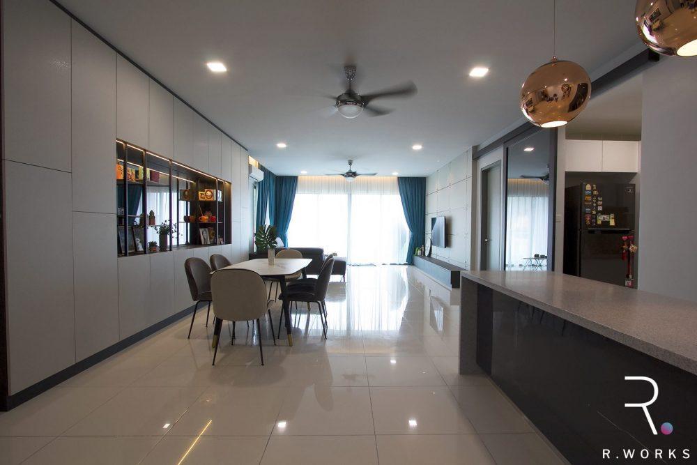 Bahagian dalam dapur, ruang makan, dan ruang tamu dengan reka bentuk konsep industrial