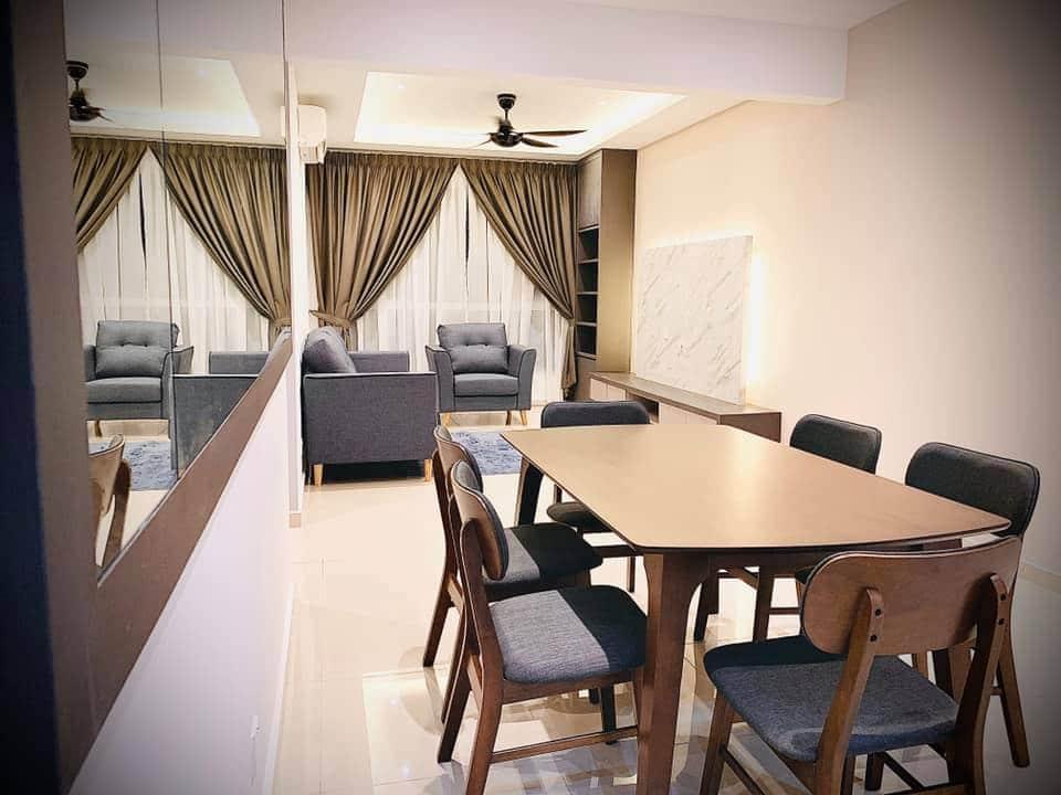 850sqft condo interior design at i-Santorini by Inazumi SEF - dining room