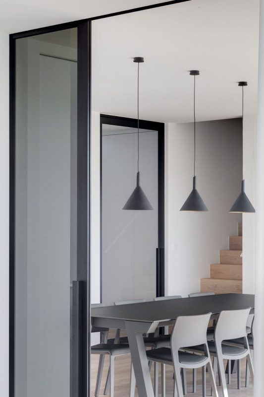Minimalist interior design home in Belgium by Source: Schoeffaerts.be