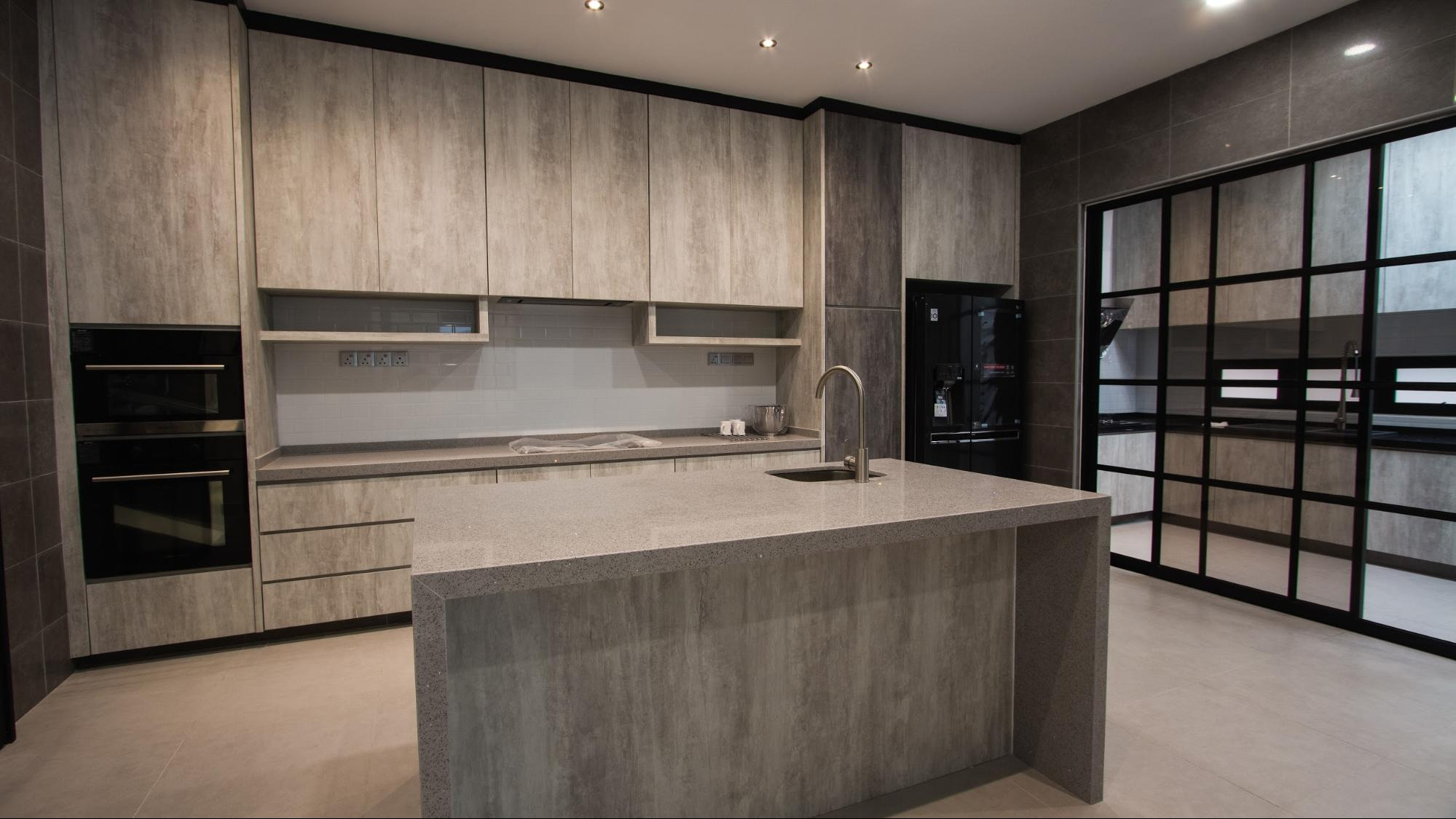 Modern industrial dry kitchen with concrete textures