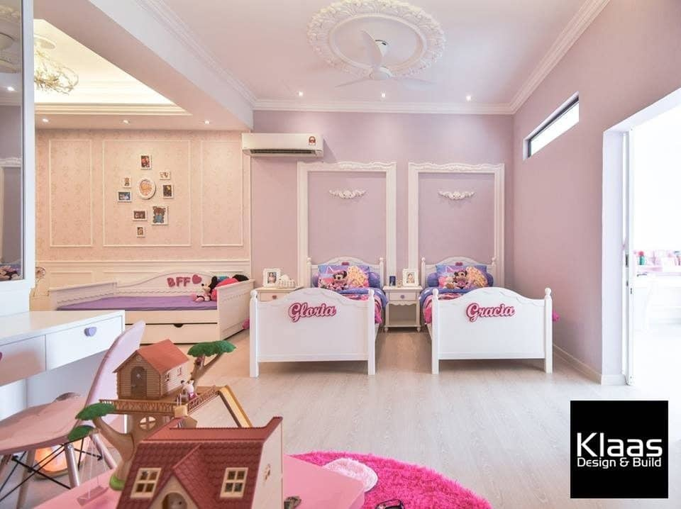 Bright princess purple and pink girl's bedroom design